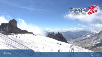 "Hintertuxer Gletscher: ""Gefrorene Wand""-Gipfel"