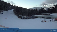 Archiv Foto Webcam Spindlermühle - Piste Turistická und Sessellift Svaty Petr 16:00