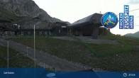 Archiv Foto Webcam Grubig II Gondel im Skigebiet Lermoos Grubigstein 04:00