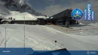 Archiv Foto Webcam Grubig II Gondel im Skigebiet Lermoos Grubigstein 03:00