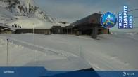 Archived image Webcam Lermoos Grubigstein Ski Resort: Grubig II Gondola 01:00