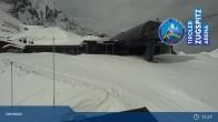 Archived image Webcam Lermoos Grubigstein Ski Resort: Grubig II Gondola 05:00