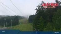 Archived image Webcam View from Stanice lanovky ČD, Liberec - Horní Hanychov 03:00