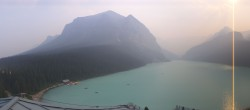 Archived image Webcam Lake Louise: The Fairmont Chateau 11:00
