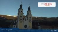 Archiv Foto Webcam Brixen - Domplatz 11:00