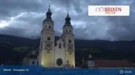 Archiv Foto Webcam Brixen - Domplatz 23:00