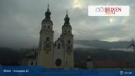 Archiv Foto Webcam Brixen - Domplatz 06:00
