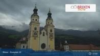 Archiv Foto Webcam Brixen - Domplatz 16:00