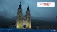 Archiv Foto Webcam Brixen - Domplatz 20:00