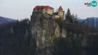 Archiv Foto Webcam Bled: Blick auf See und Burg 05:00