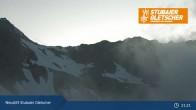 Archiv Foto Webcam Stubaier Gletscher: Bergstation Eisgrat 19:00
