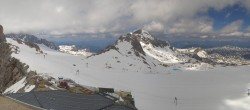 Archived image Webcam Panoramic view over the Dachstein Glacier 08:00