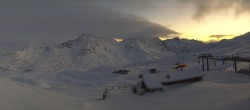 Archived image Webcam Panorama Sunny Valley Resort 12:00