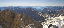 Archiv Foto Webcam Panoramablick Zugspitze 02:00