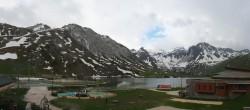 Archived image Webcam Le Lac de Tignes, Tignes 12:00