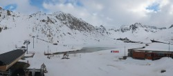 Archived image Webcam Le Lac de Tignes, Tignes 12:00