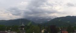 Archiv Foto Webcam Rathaus Garmisch 12:00