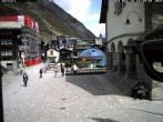 Archiv Foto Webcam Kirchplatz Zermatt 06:00