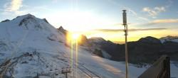 Archived image Webcam Tignes - Grande Motte Glacier 12:00
