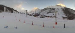 Archiv Foto Webcam Val d'Isère: Übungspisten im Tal 02:00