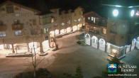 Archiv Foto Webcam Village Sun Peaks 19:00