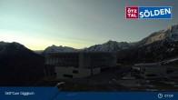 Archiv Foto Webcam Bergstation Giggijochbahn 02:00
