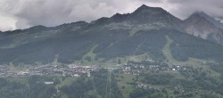 Archived image Webcam Peisey Vallandry - Aerial cableway Vanoise Express 02:00