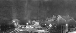 Archiv Foto Webcam Les Deux Alpes Ortszentrum 03:00