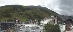 Archived image Webcam Les Deux Alpes (village center) 17:00