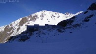 Archived image Webcam Mount Olympus - Slope Main Face 04:00