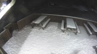 Archived image Webcam Ski Snow Valley Barrie Day Lodge Patio 16:00