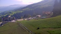 Archived image Webcam Hauser Kaibling, Schladming-Dachstein - View from valley station Höfi Express I 04:00