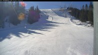 Archived image Webcam Riesneralm - Donnersbachwald: Slope 6er Schuss and chairlift Panorama 04:00