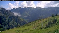 Archived image Webcam Riesneralm - Slope Nr. 9 and chairlift Panorama 04:00