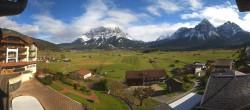 Archiv Foto Webcam Hotel Post Lermoos: Zugspitze 07:00