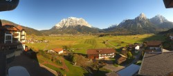 Archiv Foto Webcam Hotel Post Lermoos: Zugspitze 09:00