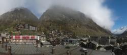 Archiv Foto Webcam Zermatt - Hotel Zermatterhof 04:00