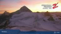 "Archiv Foto Webcam Hintertuxer Gletscher: ""Gefrorene Wand""-Gipfel 13:00"
