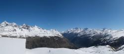 Archiv Foto Webcam Zermatt Hörnlibahn Bergstation - Blick zum Matterhorn 04:00
