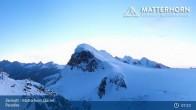 Archiv Foto Webcam Zermatt - Matterhorn Glacier Paradise 06:00