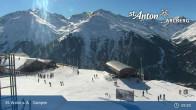 Archived image Webcam Mountain Restaurant Gampen / Top Station Gampenbahn 08:00