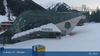 Archived image Webcam Galzigbahn Base Station (St. Anton) 04:00