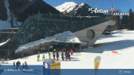 Archived image Webcam Galzigbahn Base Station (St. Anton) 08:00