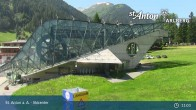 Archived image Webcam Galzigbahn Base Station (St. Anton) 03:00