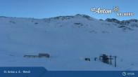 Archived image Webcam St. Anton: Rendl Mountain Restaurant 06:00