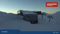 Archiv Foto Webcam Waidoffen Sessellift Bergstation Hochfügen 02:00