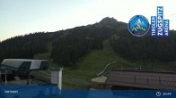 Archived image Webcam Grubig Alm at Lermoos Ski Resort 23:00