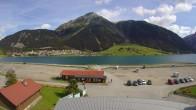 Archiv Foto Webcam Schöneben: Talstation der Bergbahn mit Blick auf Reschensee und Dorf Reschen 06:00