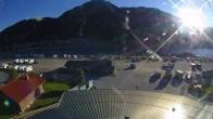 Archiv Foto Webcam Schöneben: Talstation der Bergbahn mit Blick auf Reschensee und Dorf Reschen 02:00