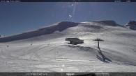 "Archiv Foto Webcam Fassatal - Moena - Ankunft des Sessellifts ""Piavac"" 08:00"